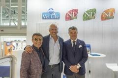 Da sinistra: il sig. Giuseppe Vilardo, l'A.D. Farmina dr. Angelo Russo e il Direttore Commerciale per l'Italia  Francesco Di Liegro